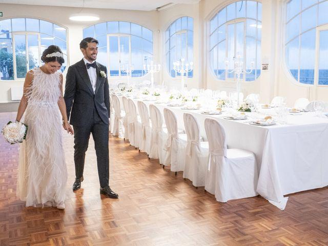 Il matrimonio di Massimilano e Elisabetta a Luino, Varese 18
