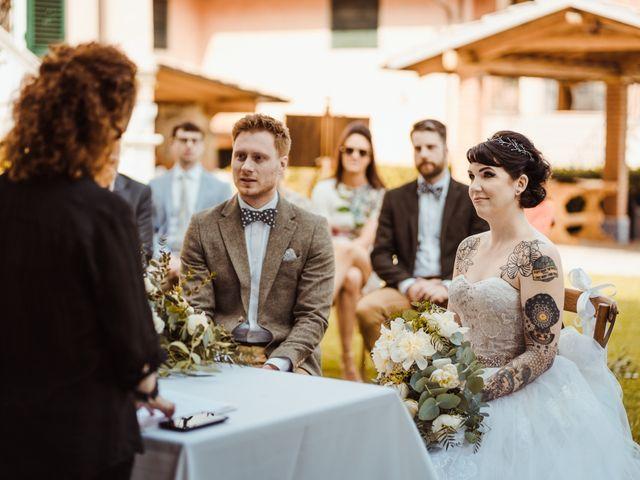 Il matrimonio di David e Vikki a Lucca, Lucca 40