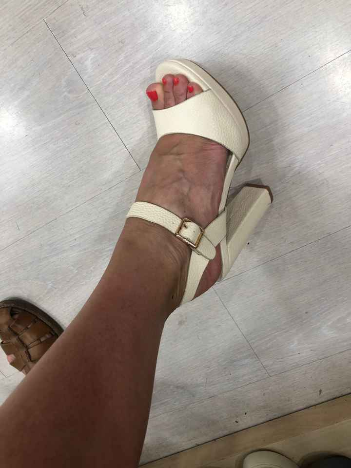 La scarpa per il gran giorno 👡👠🥿🥾👟 - 1