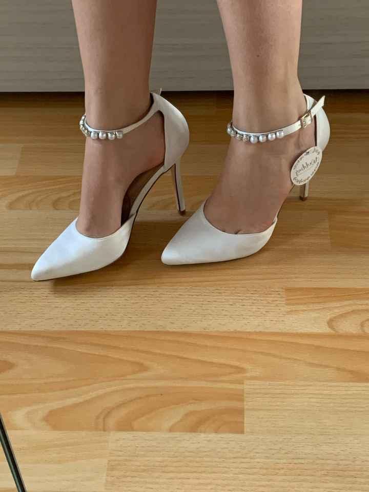 Avete scelte le scarpe - 1