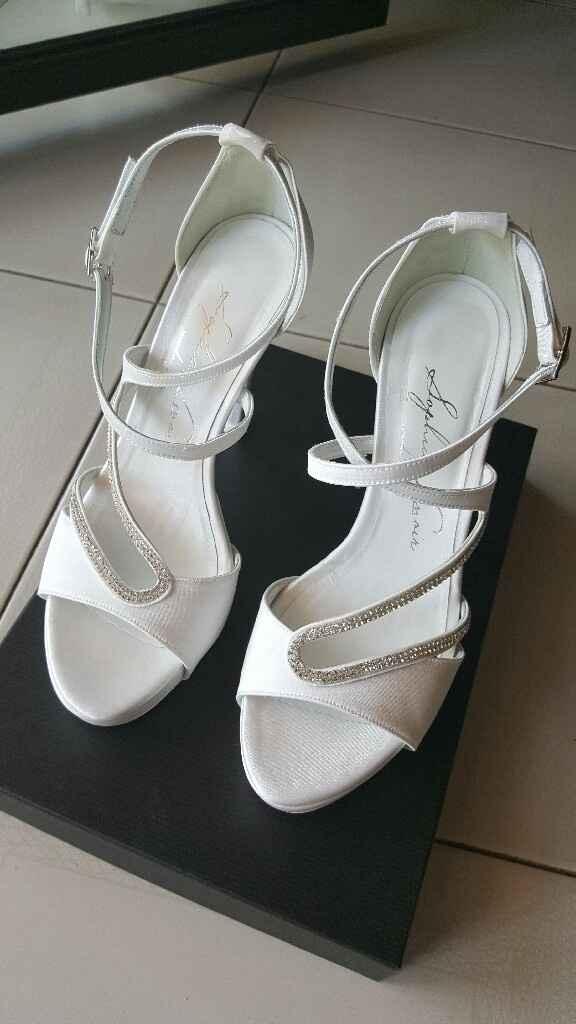 A -83... acquistate le mie scarpe sposa! - 1