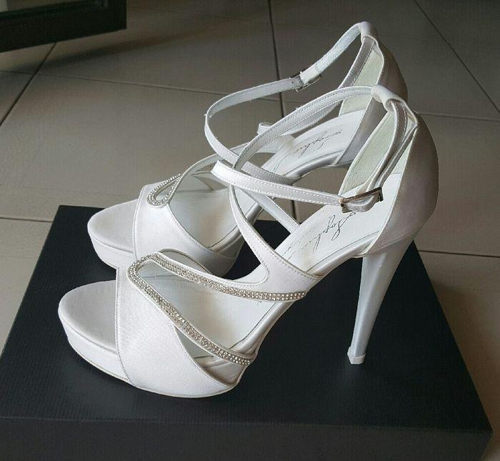 A -83... acquistate le mie scarpe sposa! - 2