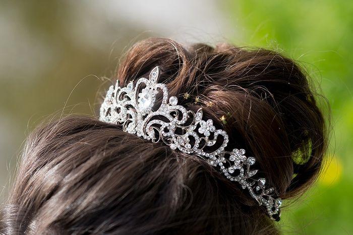 L'accessorio per capelli in base allo zodiaco 8