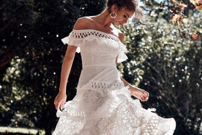 Non vorrei mai un'invitata vestita di bianco: V o F? 1