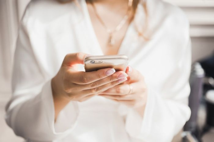 E se arrivasse un messaggio al vostro partner durante la notte? 1