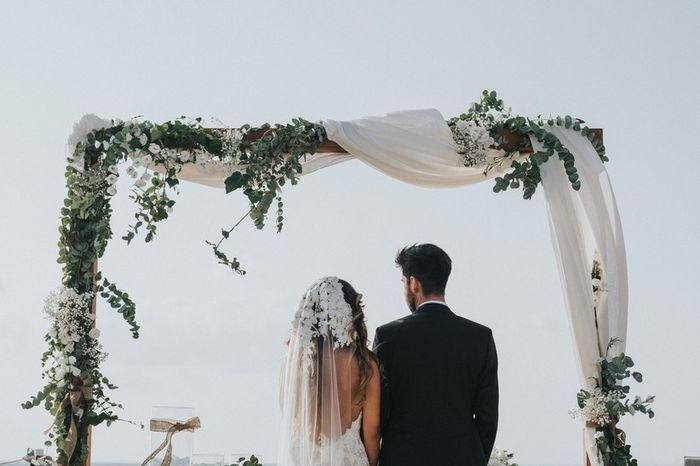 Matrimonio all'aperto: l'altare 1