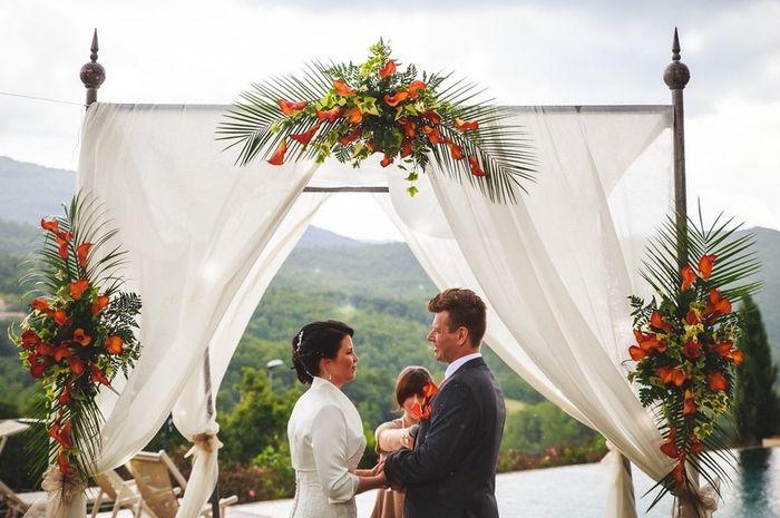 Matrimonio all'aperto: l'altare 2