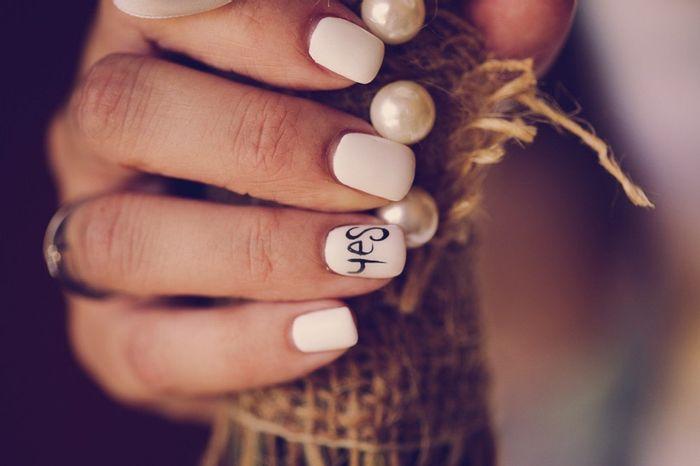 Smalto unghie sposa: bianco, colorato o... 1