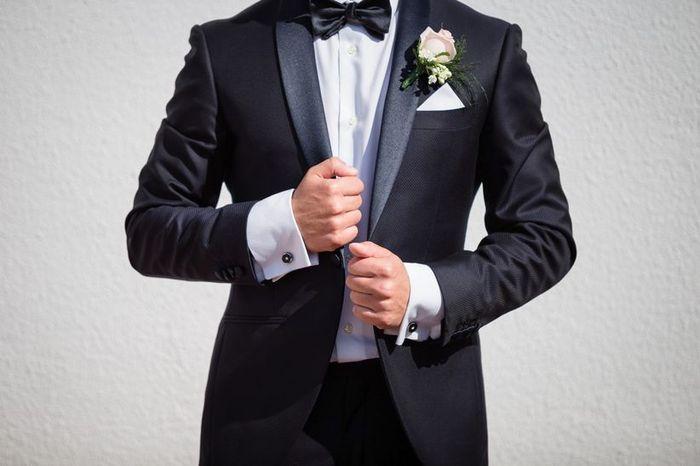 Scegli le scarpe per questo vestito sposo 1