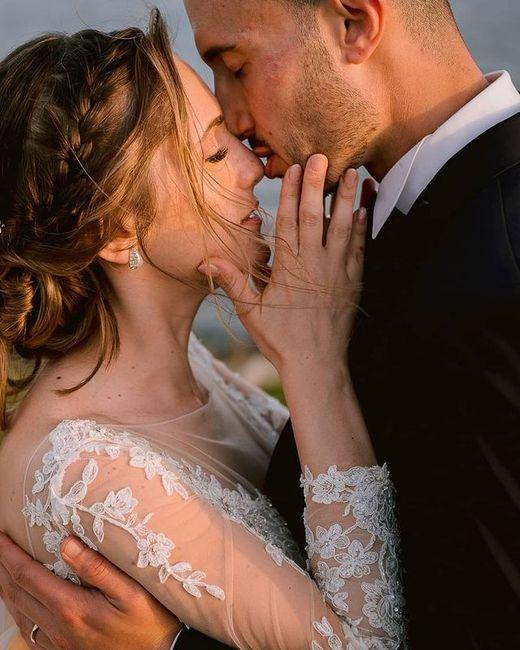 Bacio sposi: la foto con più ❤️ è... 1