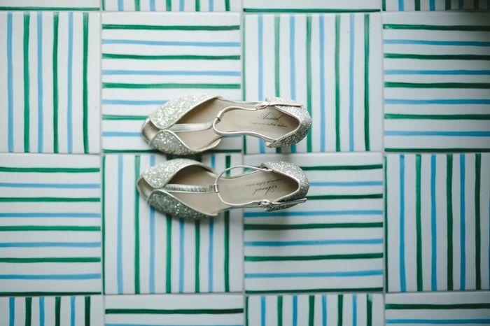 Nelle tue scarpe sposa cerchi... 1