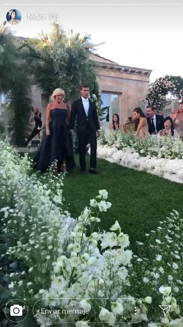 The Ferragnez: il vestito di Versace di Fedez 3
