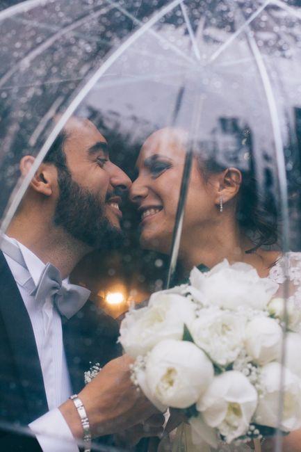 Pioggia alle nozze? Niente panico! Ecco i rimedi! 1