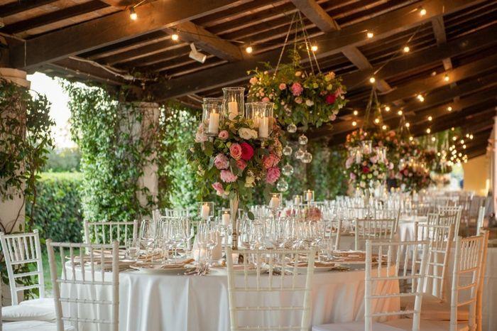 Come sarà lo stile delle decorazioni dei tavoli? 1