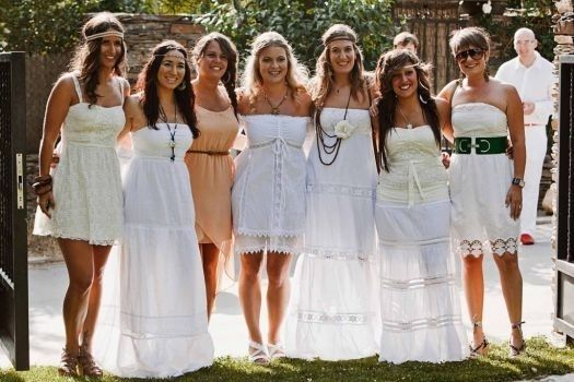 Matrimonio Tema Hippie : Matrimonio stile figli dei fiori foto
