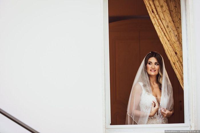 Tendenza colore 2020 - Dettaglio abito da sposa 2