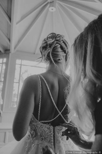 Tendenza colore 2020 - Dettaglio abito da sposa 3