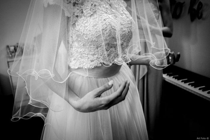 Tendenza colore 2020 - Dettaglio abito da sposa 4