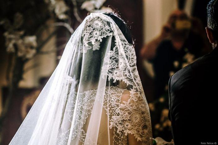 La lunghezza del velo da sposa dipende da... 1