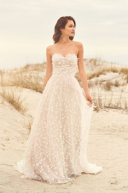 La tradizione dell'abito da sposa bianco... 1