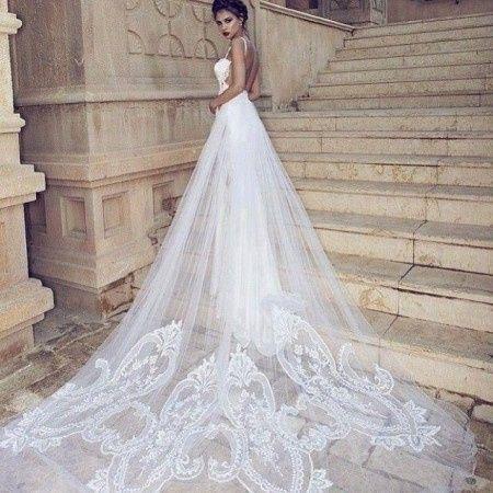 maxi cola en el vestido de novia: sÍ o no? - moda nupcial - foro