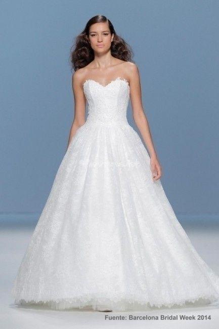 3a5c4d2850d2 Collezione abiti da sposa Cymbeline 2015 - Forum Matrimonio.com