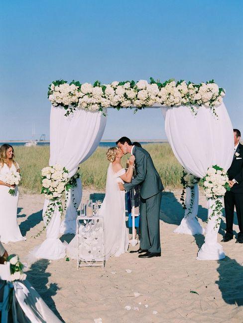 Dove celebrare un matrimonio all'americana in spiaggia con rito civile ...