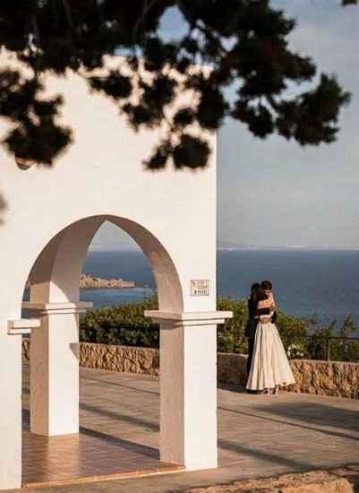 La top model Vittoria Cerreti sposa a Ibiza il fidanzato sei mesi dopo averlo conosciuto - 6