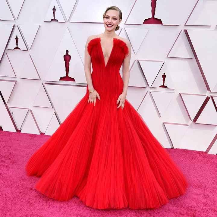 Oscar 2021, I look più belli: vota il tuo preferito! - 1