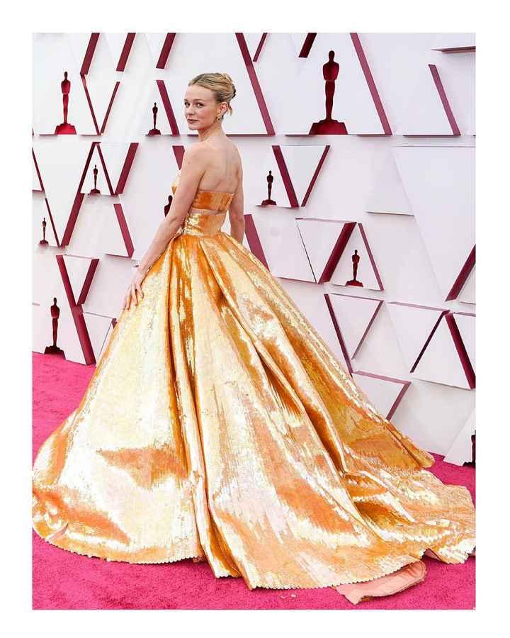 Oscar 2021, I look più belli: vota il tuo preferito! - 3