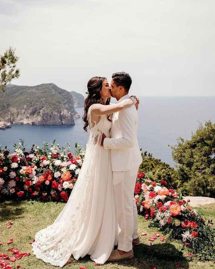 Giovanni Simeone e Giulia Coppini finalmente sposi 💍 - 1