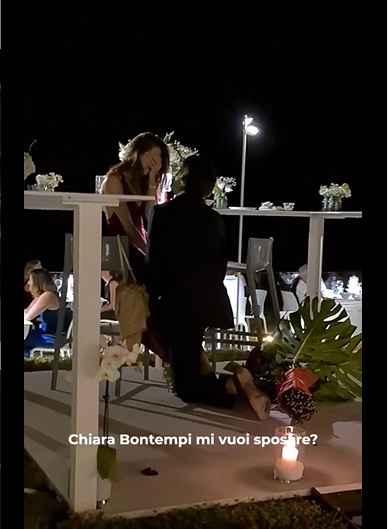 Proposta di matrimonio di Gianmarco Tamberi a Chiara Bontempi prima di partire per le Olimpiadi di T