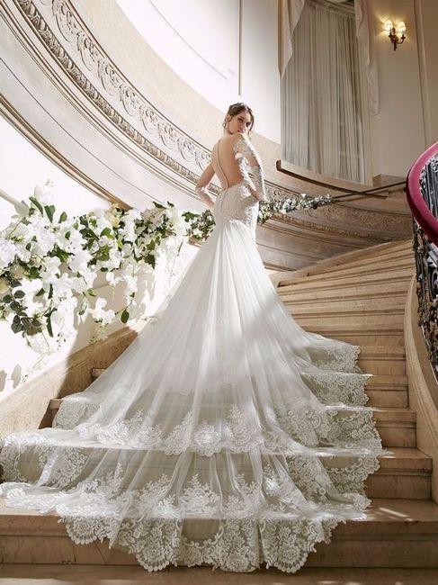 Abito da sposa con maxi strascico o coda  - Moda nozze - Forum ... ffebdd7d442
