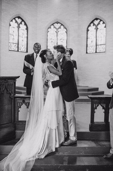 Come deve essere il bacio tra gli sposi a fine cerimonia ...