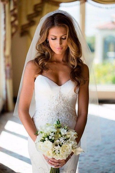 Acconciature sposa con capelli sciolti