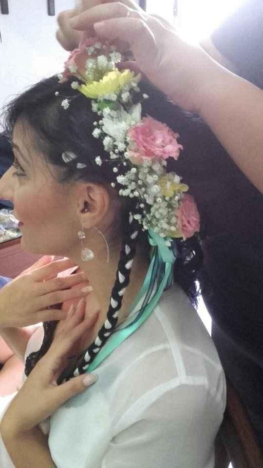 corona di fiori freschi