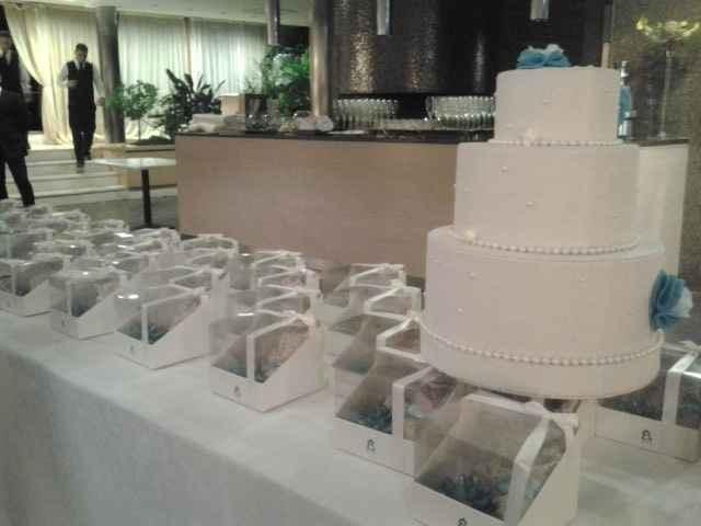torta portabuste e bomboniere al rist