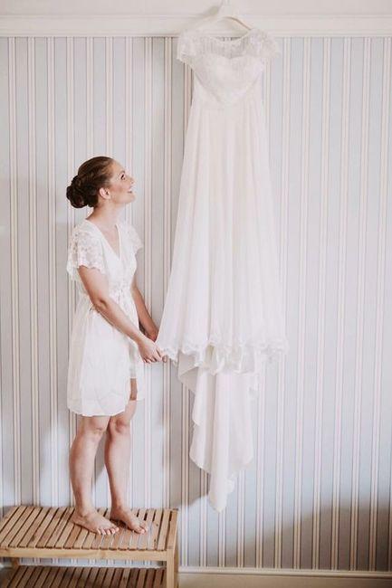 Foto con l'abito prima di indossarlo: la farete? 1