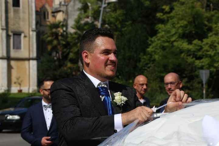 sposo indaffarato (ma quanto è bello?!)