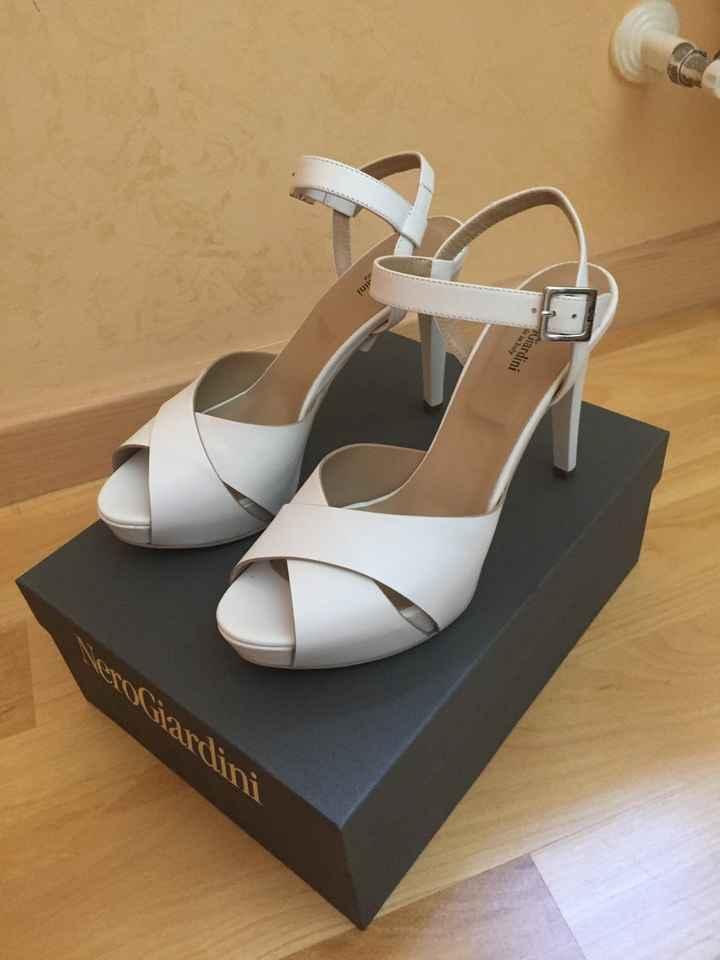 Le mie scarpeee - 1