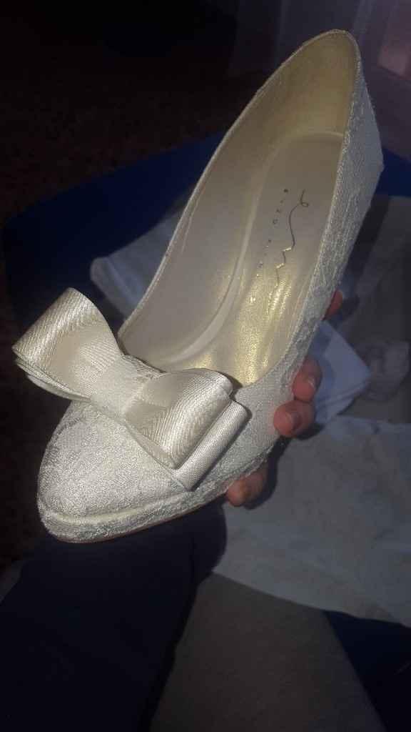 scarpe prese Aiuto? - 1