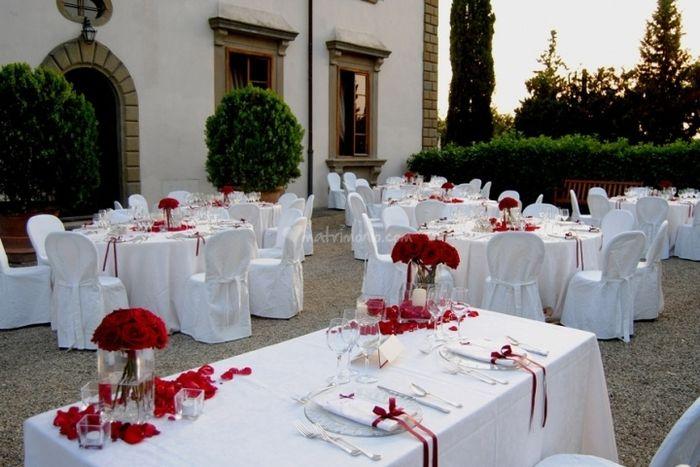 Tema Matrimonio In Rosso : Il rosso e bianco organizzazione matrimonio