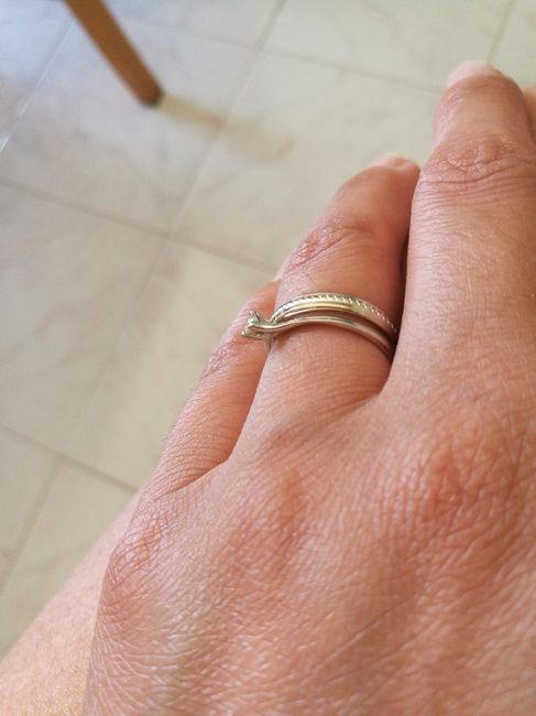 E ora mostraci una foto del tuo anello di fidanzamento! 20
