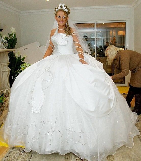Matrimonio Gipsy Abiti : Abito da sposa stile gitano gipsy moda nozze