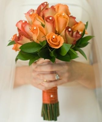 il bouquet della sposa, gioiello, colore arancione 2