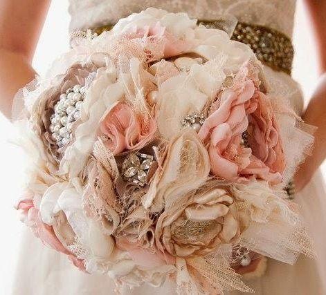 il bouquet della sposa, gioiello, colore rosa 3