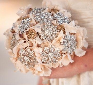 il bouquet della sposa, gioiello, colore rosa 1