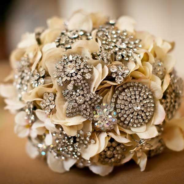 il bouquet della sposa, gioiello, colore oro 2