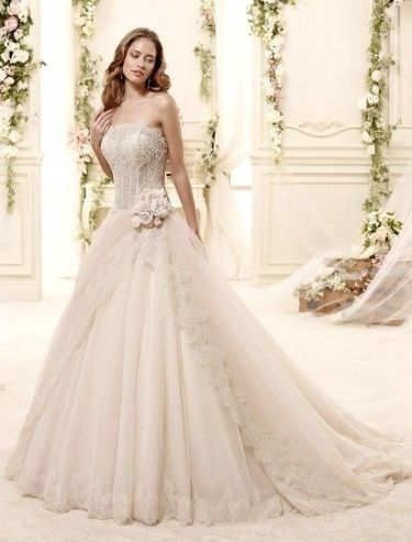 abito da sposa, stile bustier 16