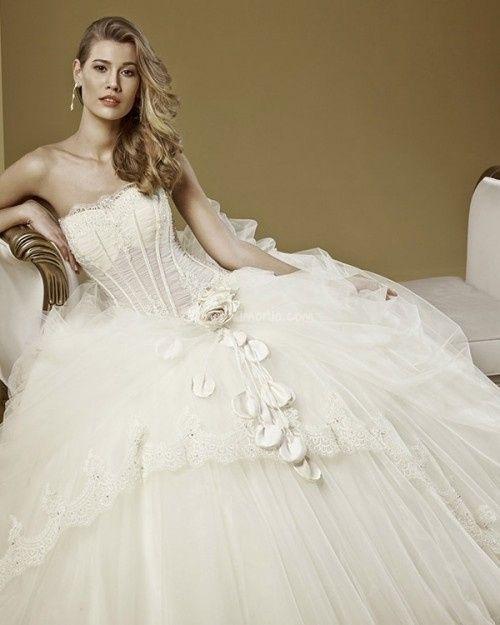 abito da sposa, stile bustier 21